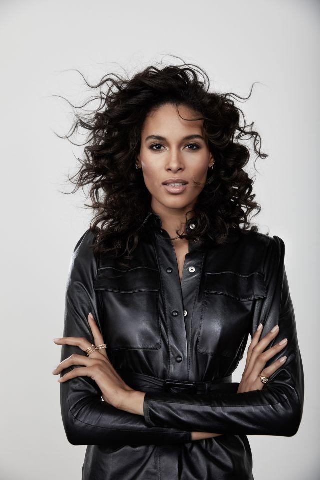 Cindy Bruna - L'Oréal Paris